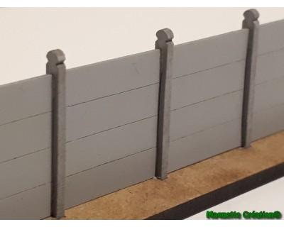 Wand mit Betonplatte