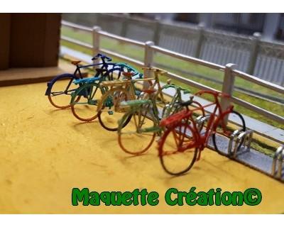 Satz mit 4 Fahrrädern