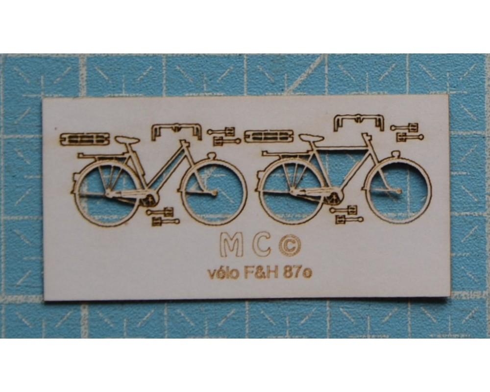 2 Fahrräder 30/40-Jahre