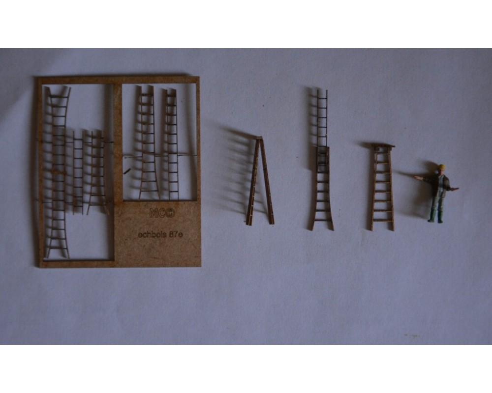 Echelles escabeaux en bois 87e