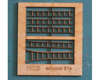 Dachdeckerleitern aus Holz 87.