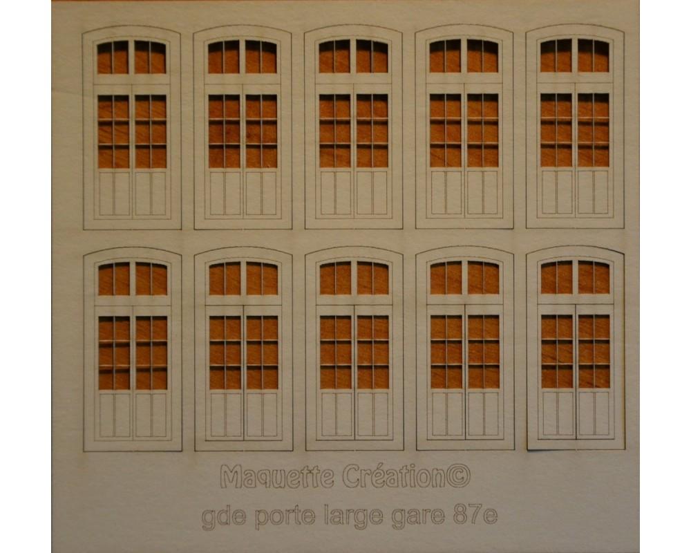 Grandes portes larges gare 87e