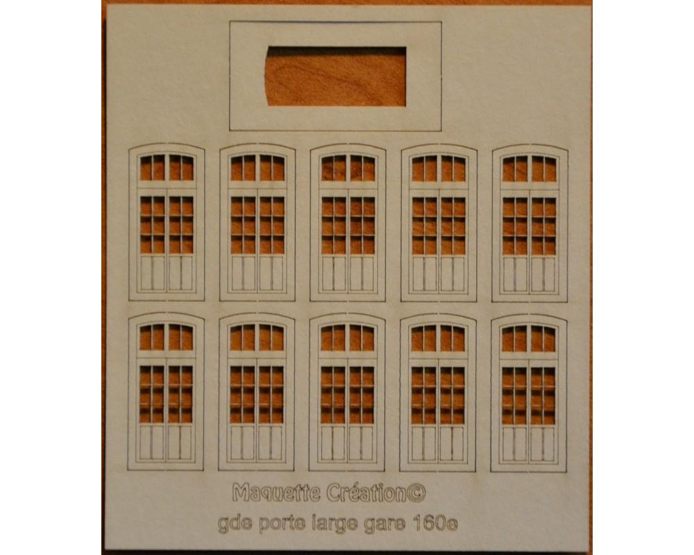 Grandes portes larges gare 160e